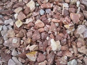 Розовый мраморный щебень, фракция 5-20 мм